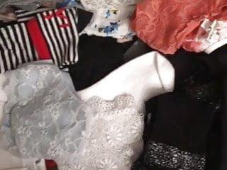 Lingerie Blonde Handjob video: Federica 01