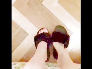 Bdsm Foot Fetish Milf video: Barefoot