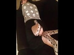 Efi bouge ses pieds sexy (taille 39), partie 4