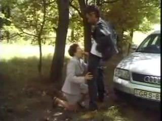 Порно видео молоденькие свингеры