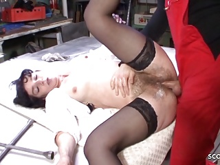 Hairy Hardcore Vintage video: Most Hairy Pussy MILF in the World Seduce to Fuck GERMAN