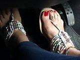 Pedal pumping feet