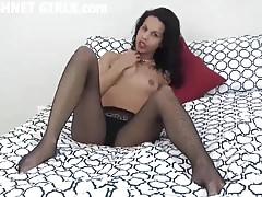 Pozwól mi pogłaskać twojego dużego kutasa w moich seksownych kabaretkach JOI