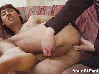 亚洲变态者得到热的前列腺按摩