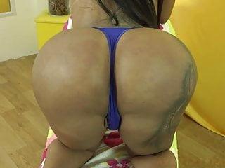 Big Tits Shemale Lingerie Shemale xxx: Japonesinha transsexual na punheta em um video solo
