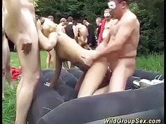 extrémní německá zahrada fuck orgie
