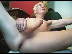Grandpa stroke on webcam | Porn-Update.com