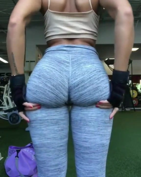 Would Like To Shove My Face Between Her Butt Cheeks 51