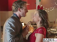Babes - Office Obsession - Abigail Mac i Ryan McLane - Her