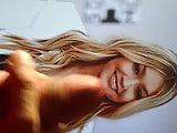 Gigi Hadid (Video 2)