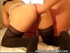 Amateur MILF couple sex in the hotel room contest