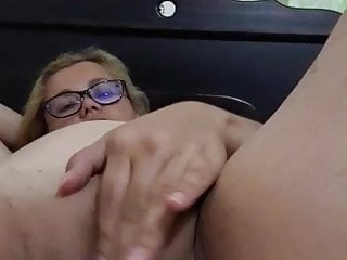 Girl Masturbating Costa Rican video: eveslut solo masturbation