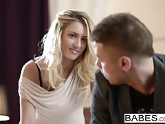 Babes - Nikolas e Jessi Gold - Non spogliati