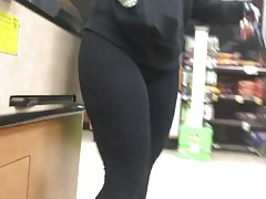 Pawg in leggings con frontale