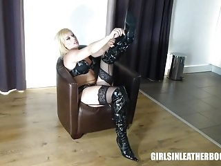 Lingerie Latex Foot Fetish video: Blonde plays with nipples and pussy in patent leather boots