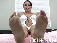 Je peux te séduire avec juste mes pieds