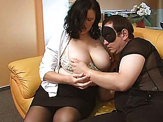 Milfs Amateur Masturbation video: Slutty chubby amateur Milf sucks and gets masturbated