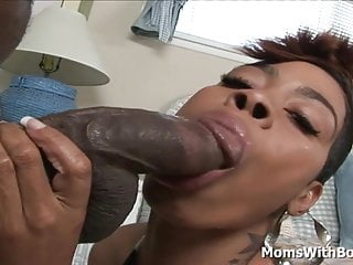 Big Thigh MILF Ebony Couture Juicy Black Pussy Fuck
