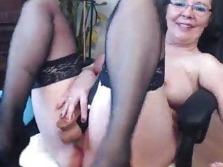Amateur Big Tits High Heels video: Webcam Hardcore 100 - Neighbour GILF