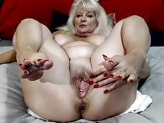 Belle MILF 5