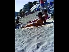 topless french Teen sur la plage de Majorque