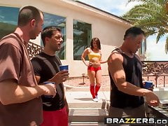 Brazzers - Teens Like It Big - Casey Cumz Jordan Ash e Ram