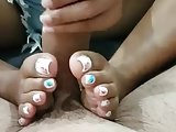 Amateur handjob with feet
