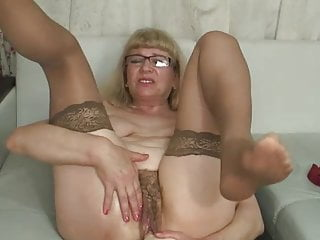 Grannies Webcams video: Russian Granny