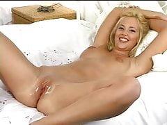 Mia Tyler Fisting