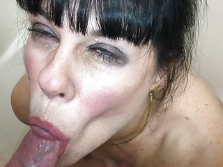 Facial Milf Homemade video: Facial closeup swallows a golden drink