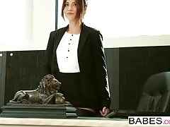 Babes - Office Obsession - Ryan Driller i Isabella De Sant