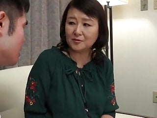 Japanese mature handjob2