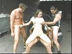 Blonde con grandi tette naturali gang bang anale, tit schiaffeggiato
