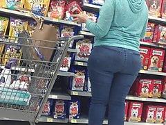 Bunda larga Pawg Milf em Jeans