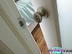 Caught By Step-Dad Usando Moms Vibrator!