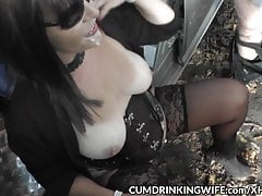Dogging slutwife barebacked by strangers in her car