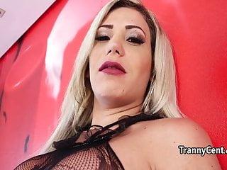 Gal loves tranny cock fucking...