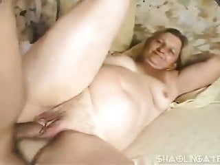 Bbw Mature Granny video: Chubby granny gets assfucked