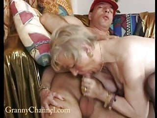 80 her wet pussy fucked...