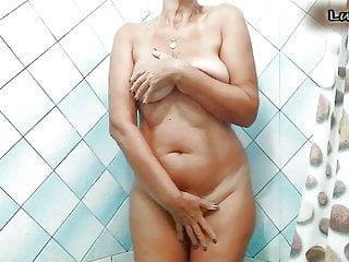 Lukerya shower...