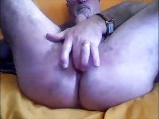 je me doigte le cul
