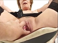 Granny getting fisting