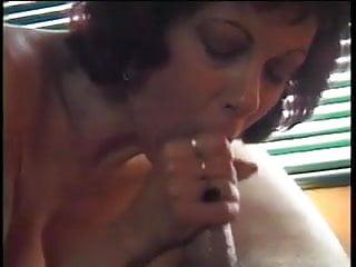 Milf gives blowjob