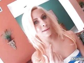 Sexy blonde slut goes crazy dildo