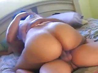 French Arab Milf video: Enjoy sex with my friend's wife