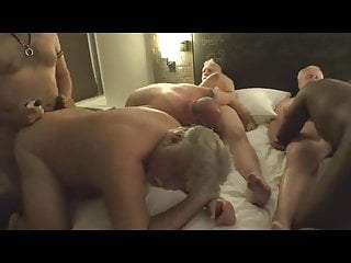 Join us sex party daddy...