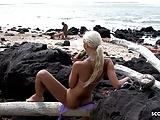 Voyeur Girl Watch Interracial Couple Fuck at Beach and Mast