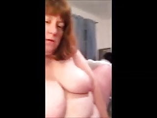 Milf clit play bottle fuck and orgasm...