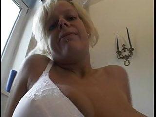 Blonde Ehefrau geht fremd