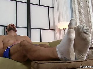 Bearded hunk cock toes...